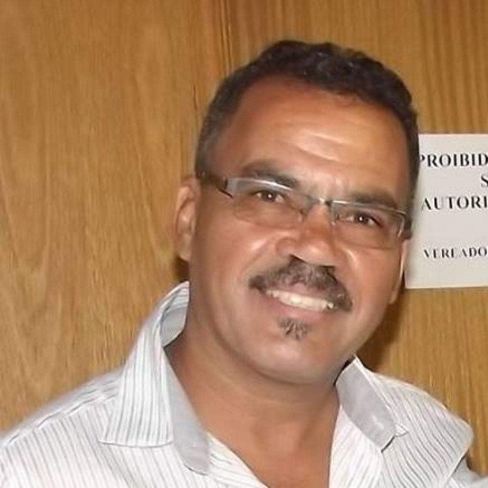 Wanderley Vieira Sofreu durante três anos com o nervo ciático – pulseira Akmos Curitiba - Foto arquivo Facebook