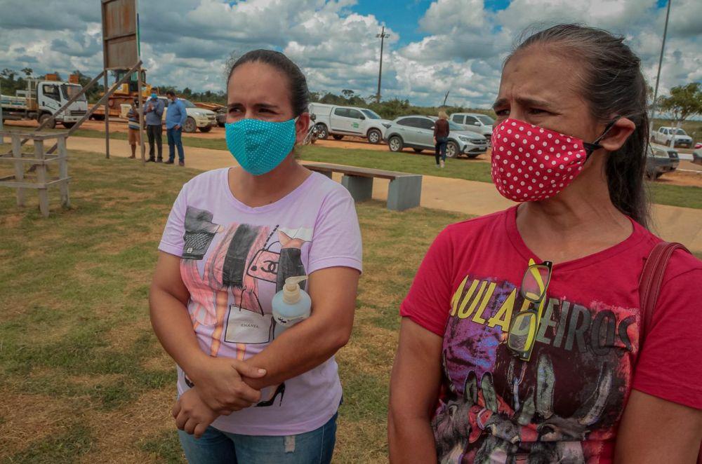 As agriculturas Deisiane e Valdecir destacam a esperança. Fotos: Daiane Mendonça. Secom