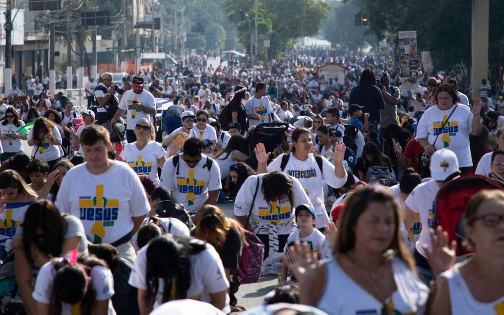Milhares de fiéis, ocupam as ruas em São Paulo, nessa edição de 2019.