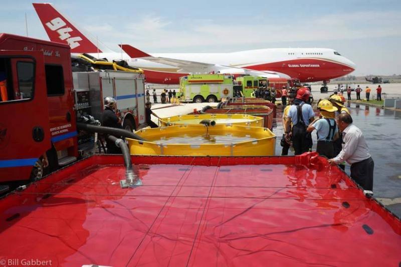 Bolívia contrata maior avião tanque do mundo para apagar incêndios florestais