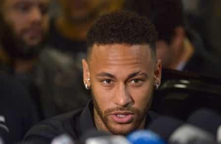 Neymar agradece apoio de amigos e fãs após prestar depoimento no Rio em 2019. Foto Reprodução