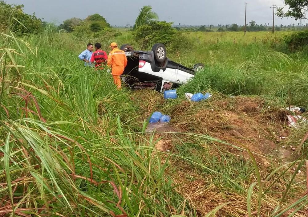 Um homem, uma mulher e duas crianças estavam no veículo. Foto: G1/RO