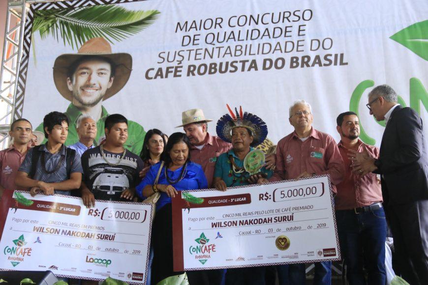 Vice-governador José Jodan destaca mais uma premiação que visa fomentar a cafeicultura. Fotos: Ésio Mendes