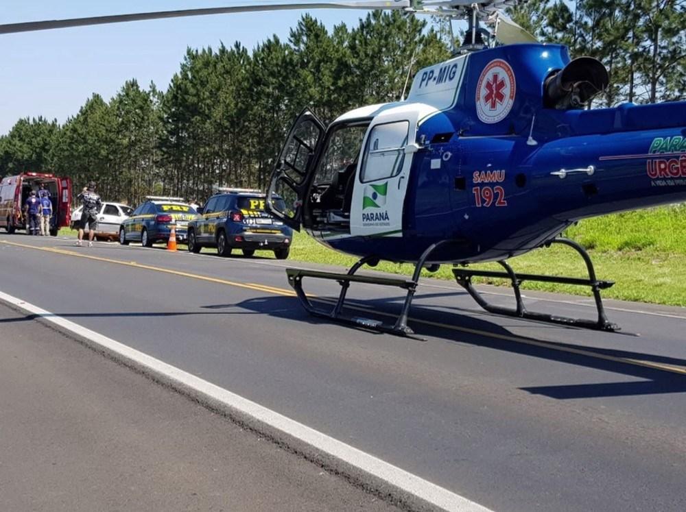 Para Motorista ferido é socorrido por helicóptero, em Ponta Grossa - Foto: Polícia Rodoviária Federal/Divulgação