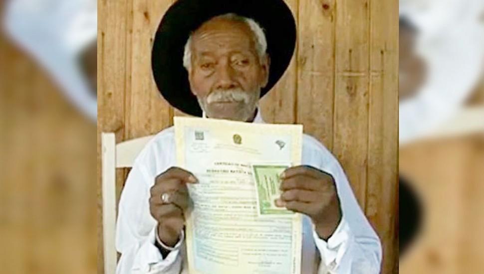 Sebastião, de 117 anos, mora no Sudoeste do Paraná e pode ser o homem mais velho do mundo. Foto: IIPR.