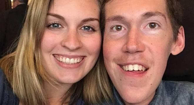 Ele é portador de deficiência, ela não; em canal no YouTube, casal mostra rotina e desafia estereótipos