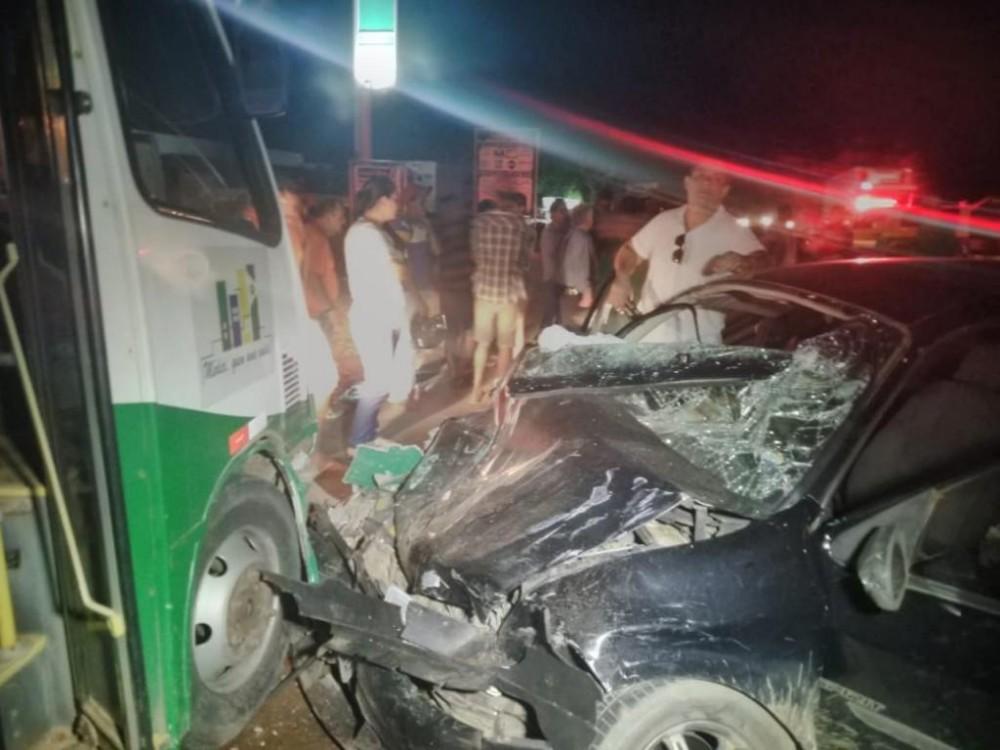 Varias pessoas ficam feridas em um grave acidente na BR-364