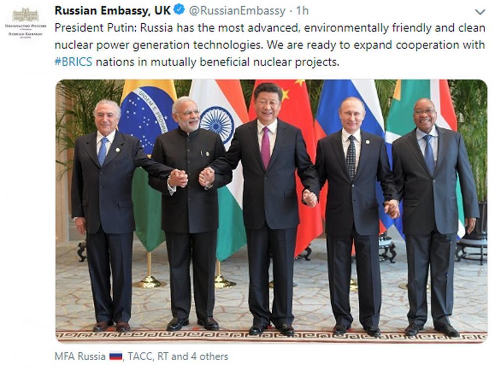 Embaixada da Rússia no Reino Unido publicou nesta sexta-feira (15) foto desatualizada de encontro dos Brics - Foto: @RussianEmbassy/Reprodução/Twitter