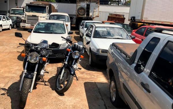 Leilão de veículos realizado em outubro somou R$ 487 mil para o combate ao tráfico (Foto: Divulgação/Sesp-PR)