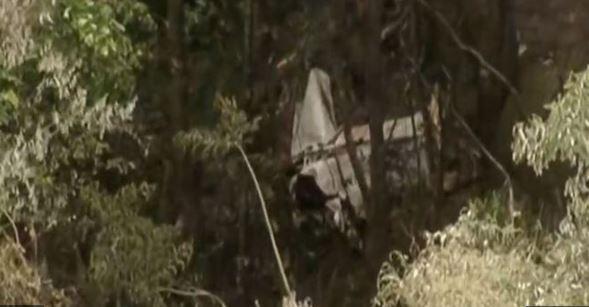 Um corpo foi encontrado próximo do local (Foto: Reprodução/Record TV)