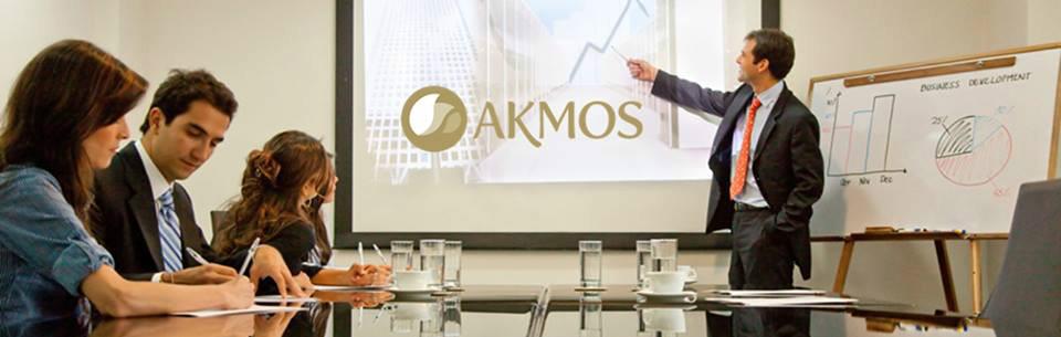 Akmos muda plano de negócios e jornalista dá opinião