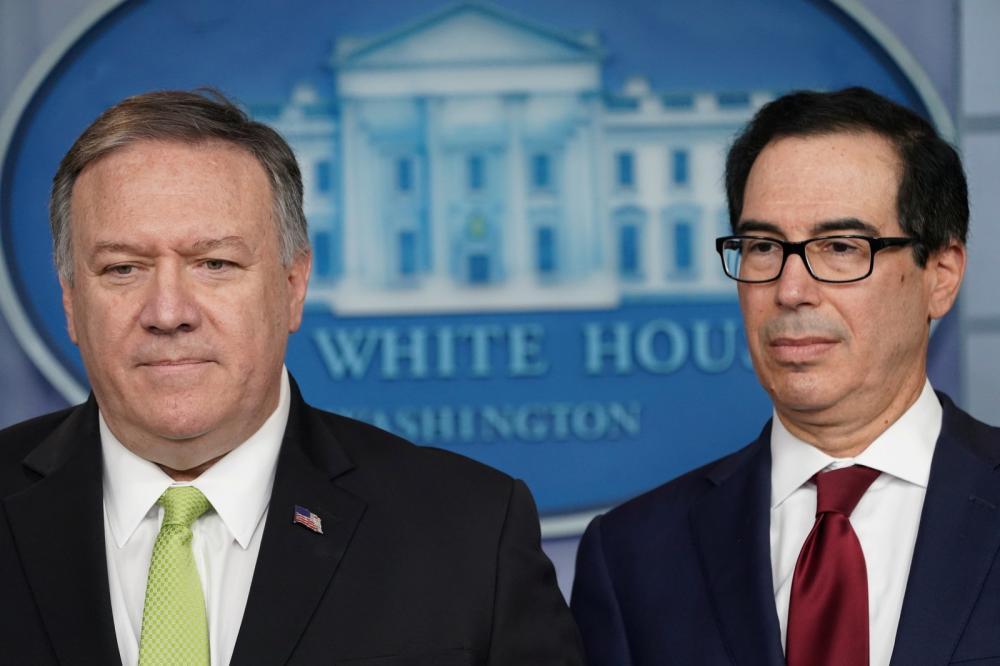 Mike Pompeo, secretário de Estado, e Steven Mnuchin, secretário de Tesouro dos EUA, durante entrevista coletiva em 10 de janeiro de 2020 - Foto: Kevin Lamarque/Reuters
