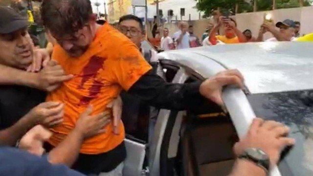 Imagem compartilhada em redes social mostra senador Cid Gomes após ter sido atingido por disparo Gustavo Schmitt, Dimitrius Dantas e Sérgio Roxo