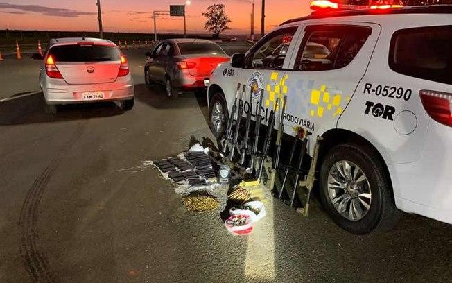 A Polícia Rodoviária de São Paulo prendeu neste Carnaval duas pessoas na estrada com armamento. Reprodução