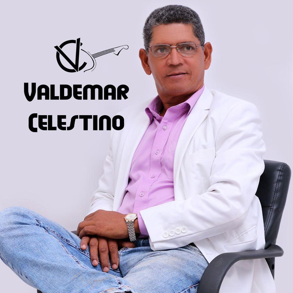 Cantor e pastor Valdemar Celestino estará realizando uma live hoje às 20hs