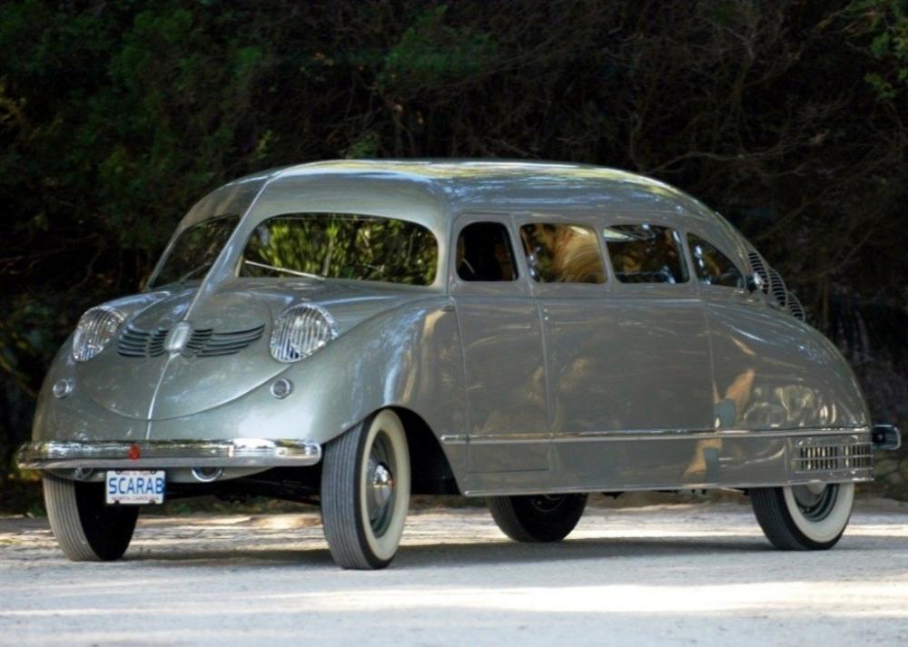 Stout Scarab, um único modelo produzido por sua empresa do qual saíram da linha de produção somente nove exemplares entre 1934 e 1939
