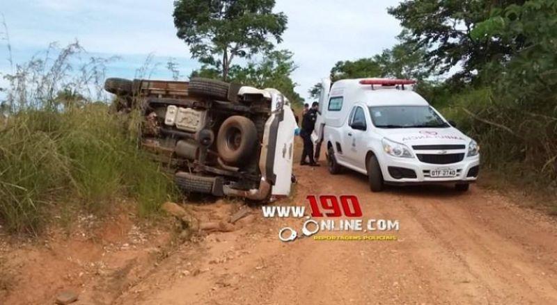 Caminhonete capota e faz quatro vitimas no interior do estado de Rondônia