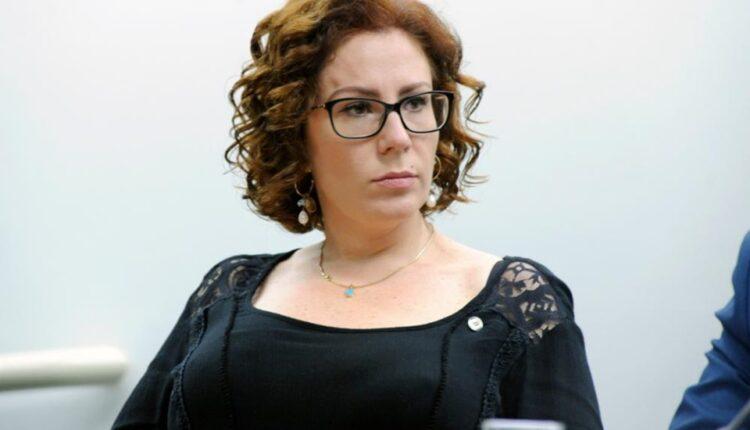 Operação da PF contra governador foi adiantada pela Deputada Carla Zambelli