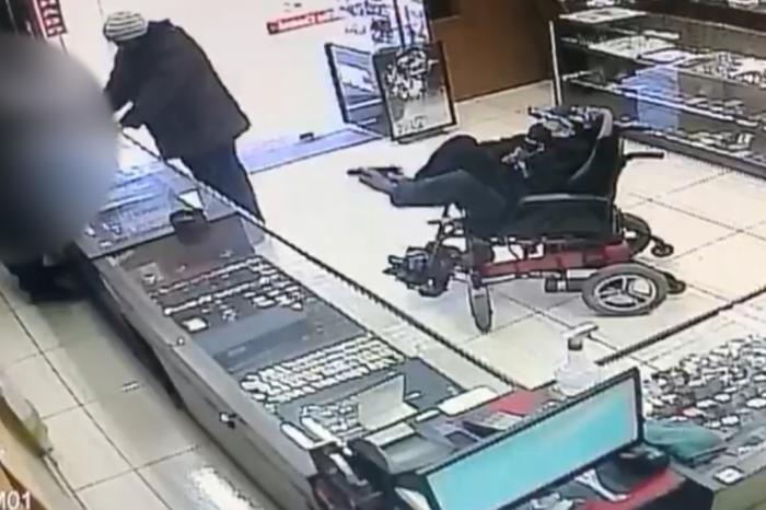Cadeirante com paralisia é preso após tentar roubar relojoaria em Canela RS