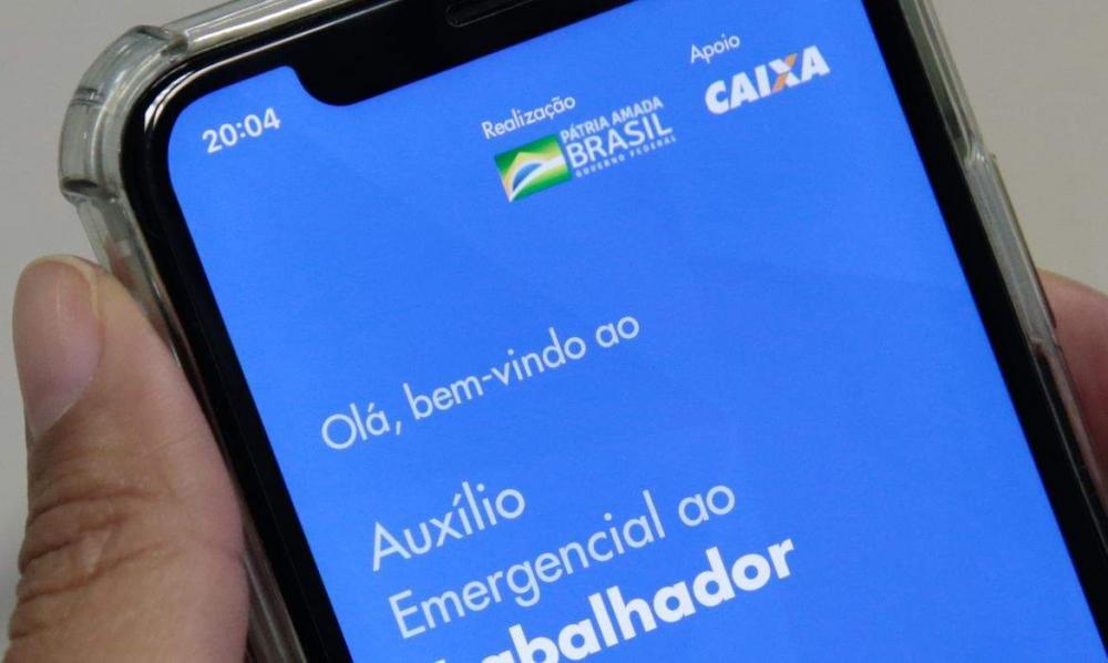 Em live semanal Bolsonaro disse que auxílio emergencial terá quarta parcela