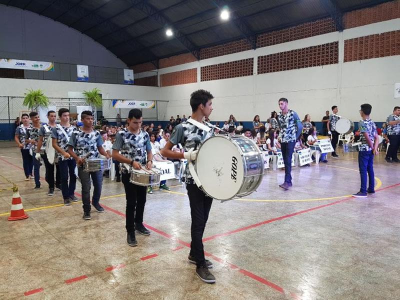 Fanfarra Alcateia, composta por alunos da escola Felipe Camarão, de São Felipe do Oeste. Foto: Reprodução