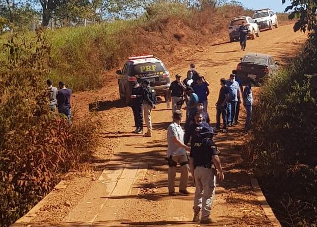 Em operação integrada, PRF encontra veículo, prende 2 pessoas e desvenda latrocínio em Rondônia