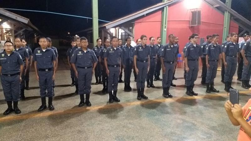 Polícia Mirim realiza evento de formatura dos novos Policiais Mirins em Rolim de Moura!!